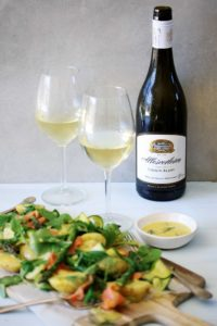 Allesverloren-Chenin-Blanc-with-food-IMG_3978-200x300